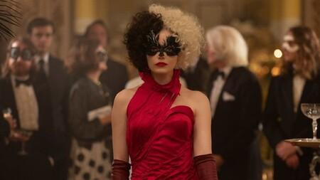 Emma Stone está deslumbrante como villana en el trailer de 'Cruella', la nueva película de Disney