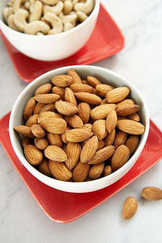Introduce las almendras en tu dieta: unas aliadas para el otoño