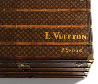 Un camión de Louis Vuitton atracado a punta de pistola para robarle mercancía valorada en 400.000 euros