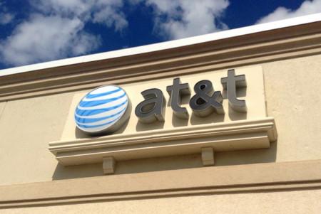 La operadora AT&T ayudó al espionaje masivo de la NSA en Internet