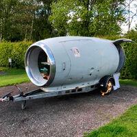 Rolls-Royce camper, o el motor de avión que se convirtió en caravana tras seis años y 1.000 horas de trabajo