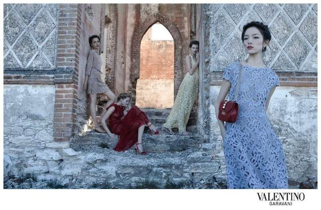 Foto de Valentino campaña Primavera-Verano 2012 (2/12)