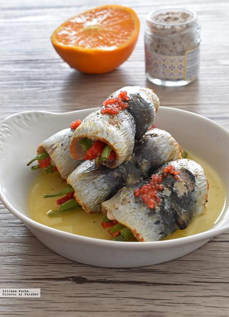 Rollitos de sardinas con verduras al horno. Receta saludable de aperitivo