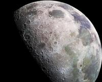 Localizan 200 pozos en la Luna que podrían servir como protección para futuras misiones de exploración