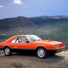 Foto 6 de 39 de la galería ford-mustang-generacion-1979-1993 en Motorpasión