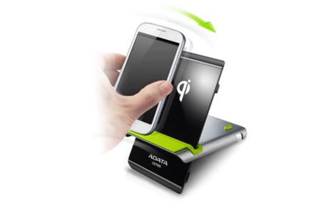 ADATA ofrece su CE700, una base de carga inalámbrica para smartphones