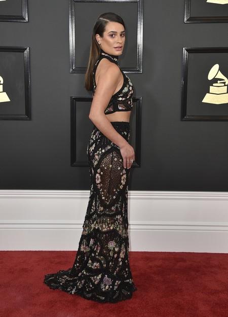 Lea Michele tropieza con su maquillaje en los Grammy 2017