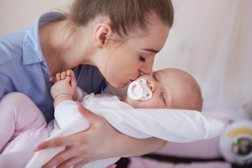 Carta de una mamá que ya no tiene bebé de brazos, para las madres que aún lo tienen