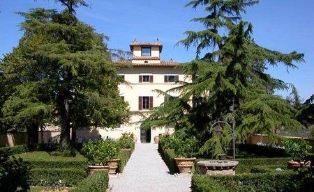 Recorre la Toscana y Umbria en Vespa durmiendo en un hotel de lujo