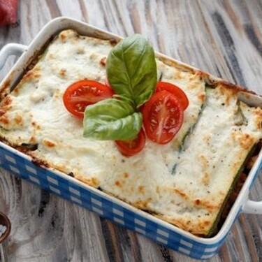 Lasaña de vegetales y queso sin pasta. Receta vegetariana fácil