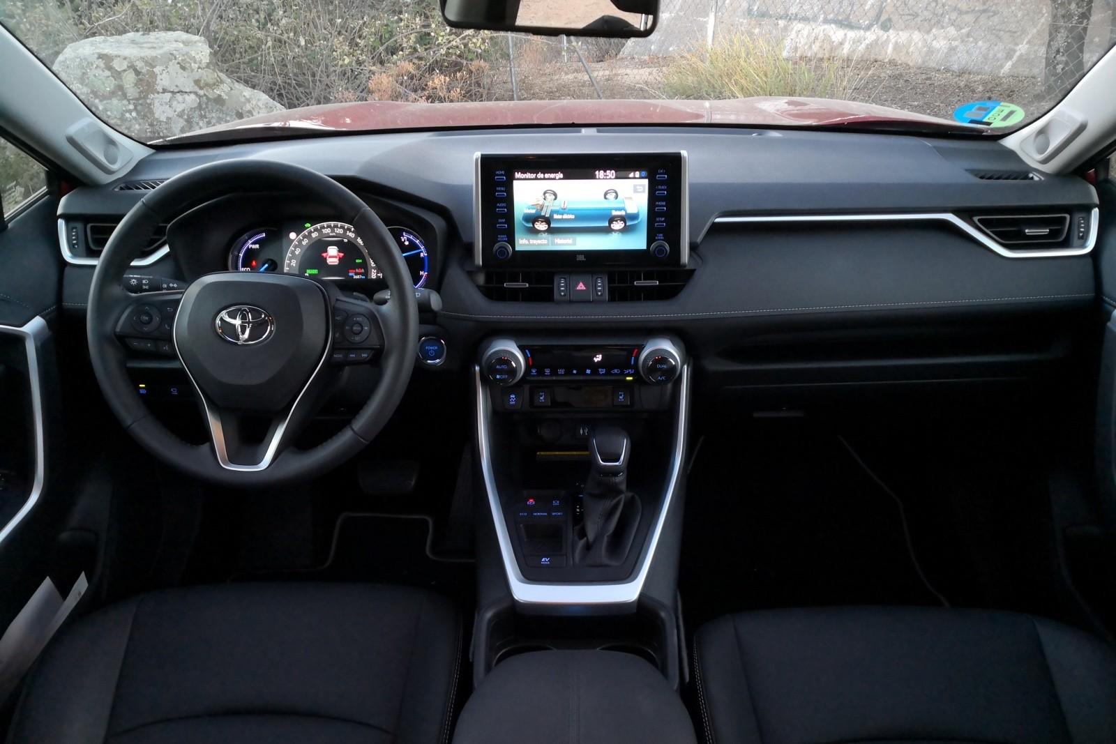 Foto de Toyota RAV4 - Fotos interiores (1/22)