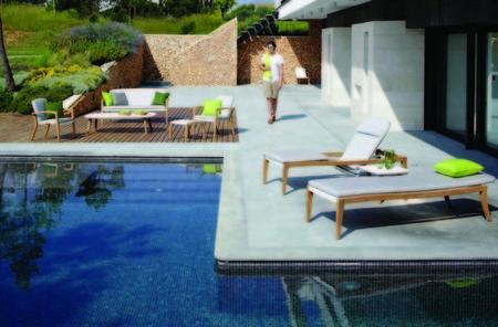 Los colores topo y arena serán protagonistas en exteriores este verano según Royal Botania