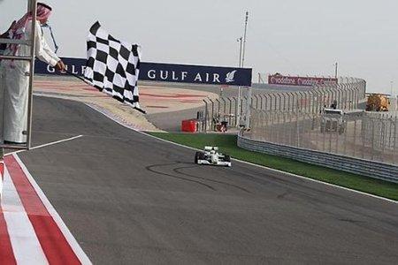 Jenson Button terminó con quemaduras en Bahrein