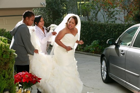 Grey 27s Anatomy Bailey In Wedding Dress Car