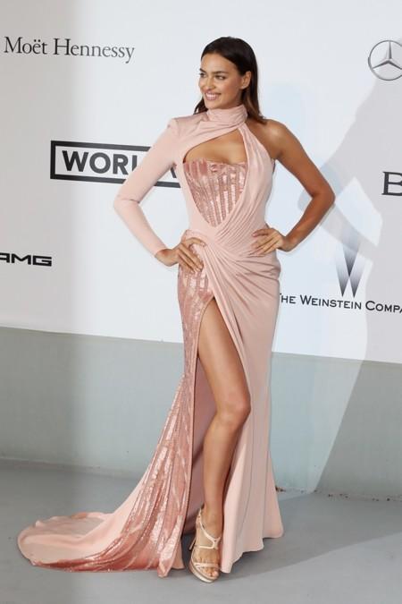Irina Shayk de Versace