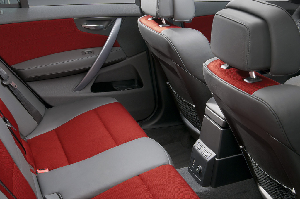 bmw x3 edition lifestyle bmw x3 edition exclusive bmw x3 individual 15 24. Black Bedroom Furniture Sets. Home Design Ideas