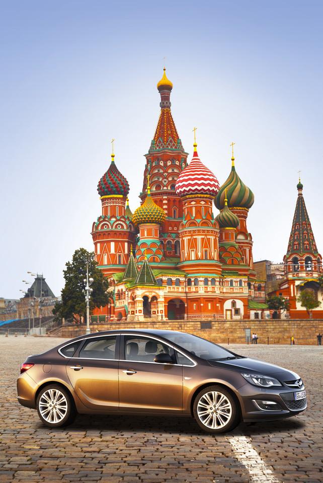 Foto de Opel Astra 2012 (23/28)