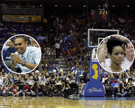rihanna-y-chris-brown-en-el-baloncesto