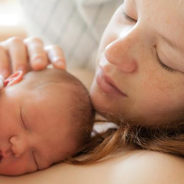 Los 15 mejores consejos prácticos que nadie te dio sobre los días después del parto