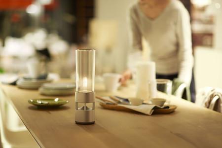 Inalámbrico, de cristal y con luz. ¿Será el Glass Sound Speaker de Sony tu próximo altavoz?