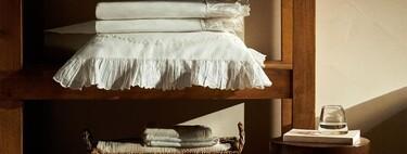 Zara Home muestra su lado más clásico con sábanas y toallas de baño con blondas y encajes o incluso personalizables con el nombre o iniciales