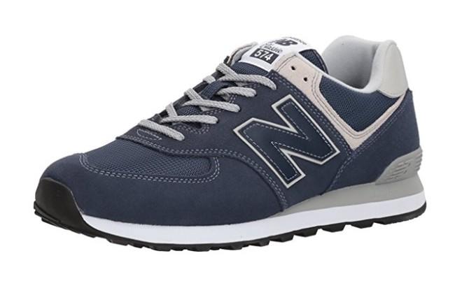 Las zapatillas New Balance 574 en color azul pueden ser nuestras desde 50,89 euros en Amazon