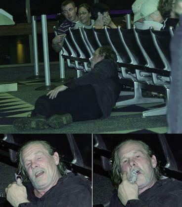 Nick Nolte borracho y tirado