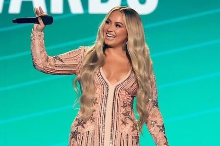 Ni uno ni dos ni tres: Demi Lovato se marca cinco looks diferentes en los People's Choice Awards 2020