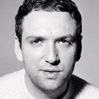 Lanvin presenta a su nuevo director creativo: Bruno Sialelli
