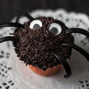 Cupcakes araña de Halloween: receta ideal para niños, fácil y deliciosamente divertida