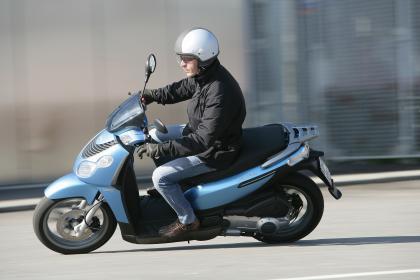 Las scooter de rueda alta de Piaggio, con hasta 900 euros de descuento