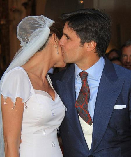 Y este fue el look de Lourdes Montes en su boda religiosa con Francisco Rivera