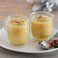 Vasitos de crema de chirivía y manzana con kikos y foie: receta de aperitivo para las fiestas (y también con Magimix Cook Expert)