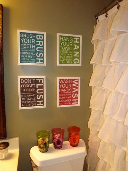 Cuadros en el baño para recordarles buenos hábitos a los niños