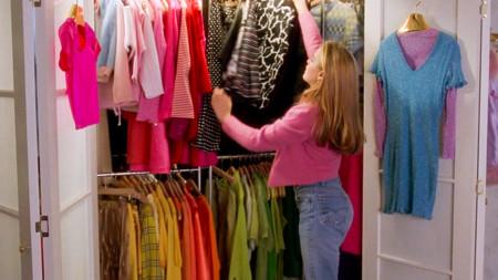 Tips y consejos para hacer un cambio de armario pacífico y civilizado