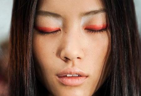 Eyeliner Naranja 1