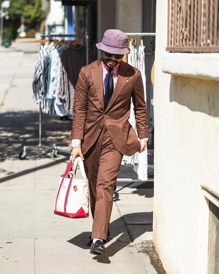El Mejor Street Style De La Semana Brown Suit Trendencias Hombre 03