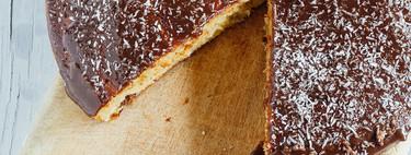 Pastel con uvas pasas al ron y chocolate. Receta