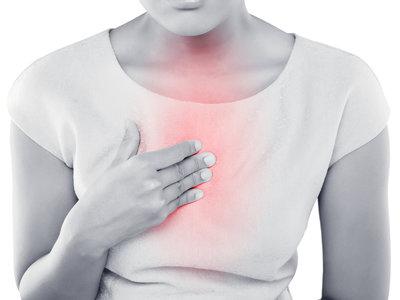 Las claves para combatir el reflujo ácido: así puedes evitar la acidez
