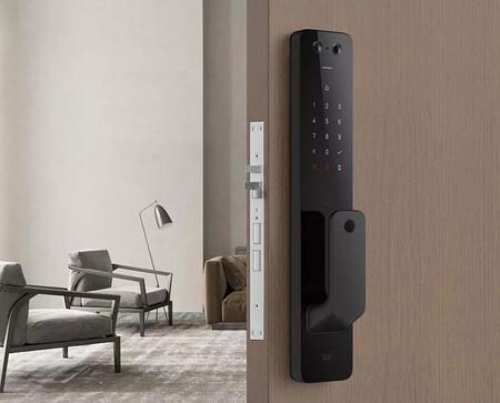 La Mi Automatic Door Lock Pro es la nueva cerradura conectada de Xiaomi y llega con cámara y compatibilidad con HomeKit