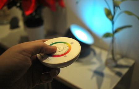 Buscando la iluminación ideal: así han sido mis primeros días usando una lámpara Philips LivingColors Iris