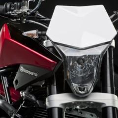 Foto 12 de 111 de la galería husqvarna-nuda-900-y-900r-datos-y-fotos-oficiales en Motorpasion Moto
