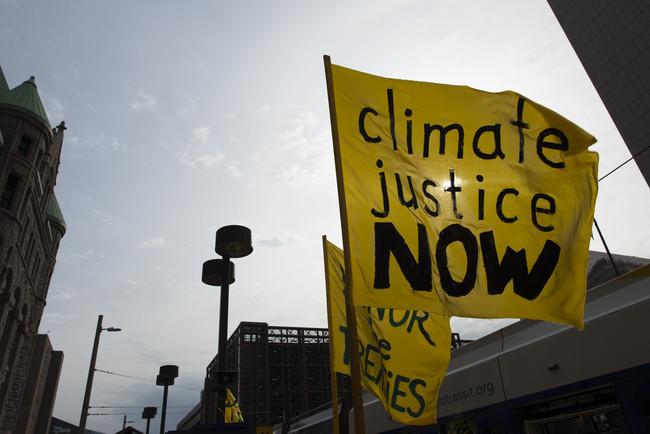 La gran batalla legal por el clima: las grandes petroleras se juegan su credibilidad (y su futuro) en un juicio histórico