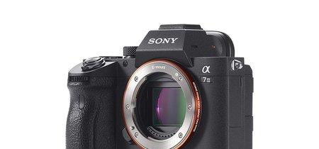 Más barata todavía: hoy, la sin espejo full frame Sony Alpha 7 Mark III baja 70 euros más en Amazon