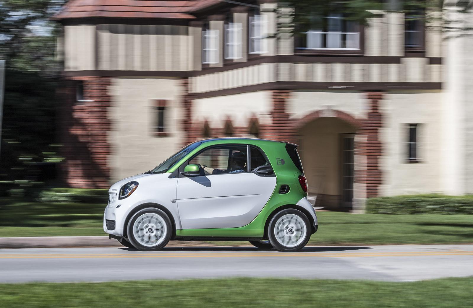 Foto de smart fortwo Electric Drive, toma de contacto (96/313)