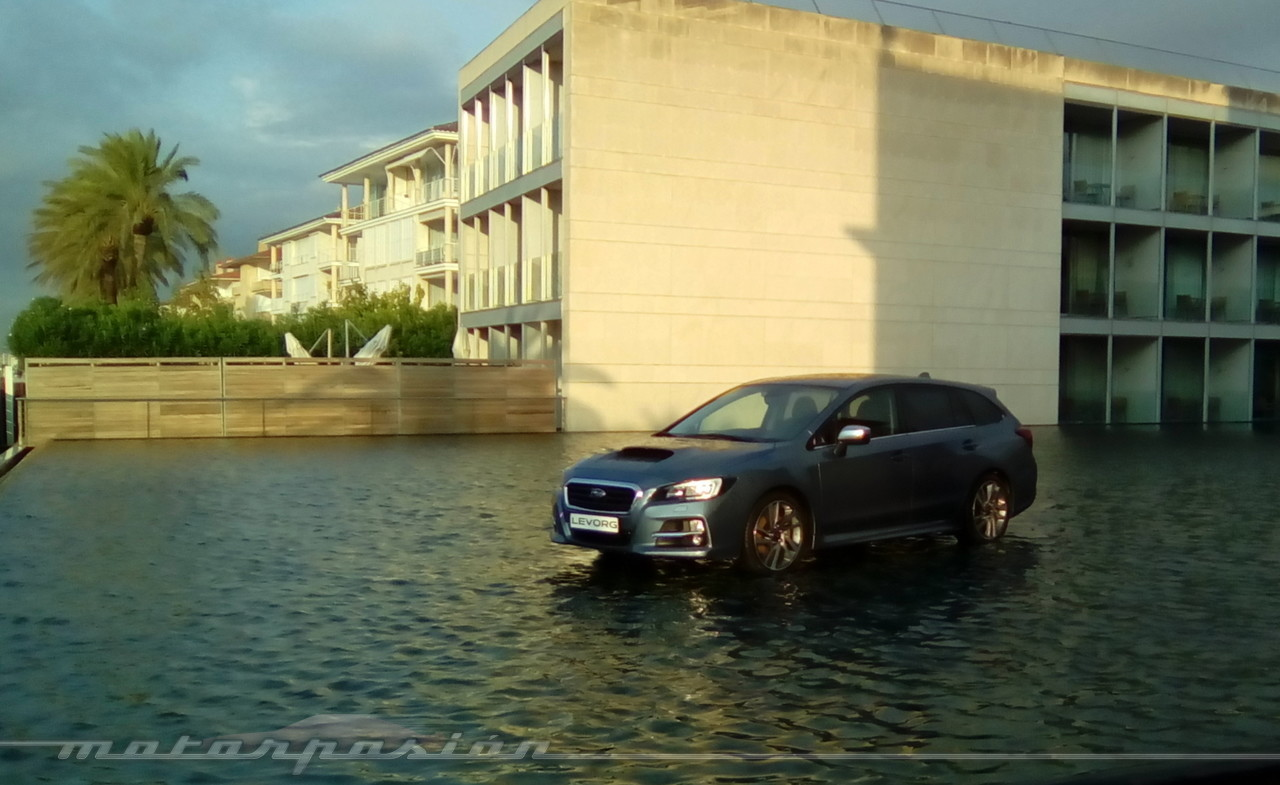 Foto de Subaru Levorg - contacto (2/20)