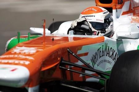 Vijay Mallya, feliz por seguir por delante de McLaren