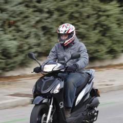 Foto 14 de 53 de la galería mx-motor-c5-125-primer-scooter-de-rueda-alta-de-la-marca-espanola en Motorpasion Moto
