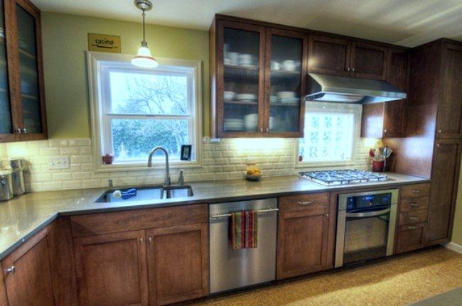 Tendencias en cocinas y encimeras acero y cristal for Tendencias en cocinas