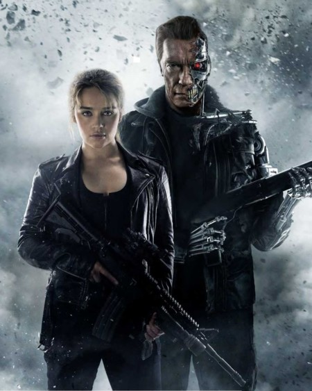 Emilia Clarke y Arnold Schwarzenegger